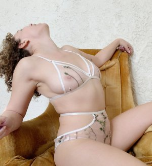 Marie-betty outcall escort in Miami Gardens