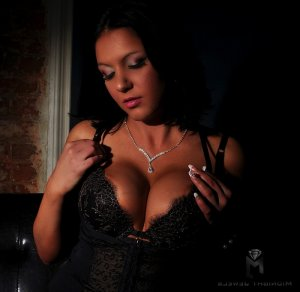 Elsa-marie escort girls